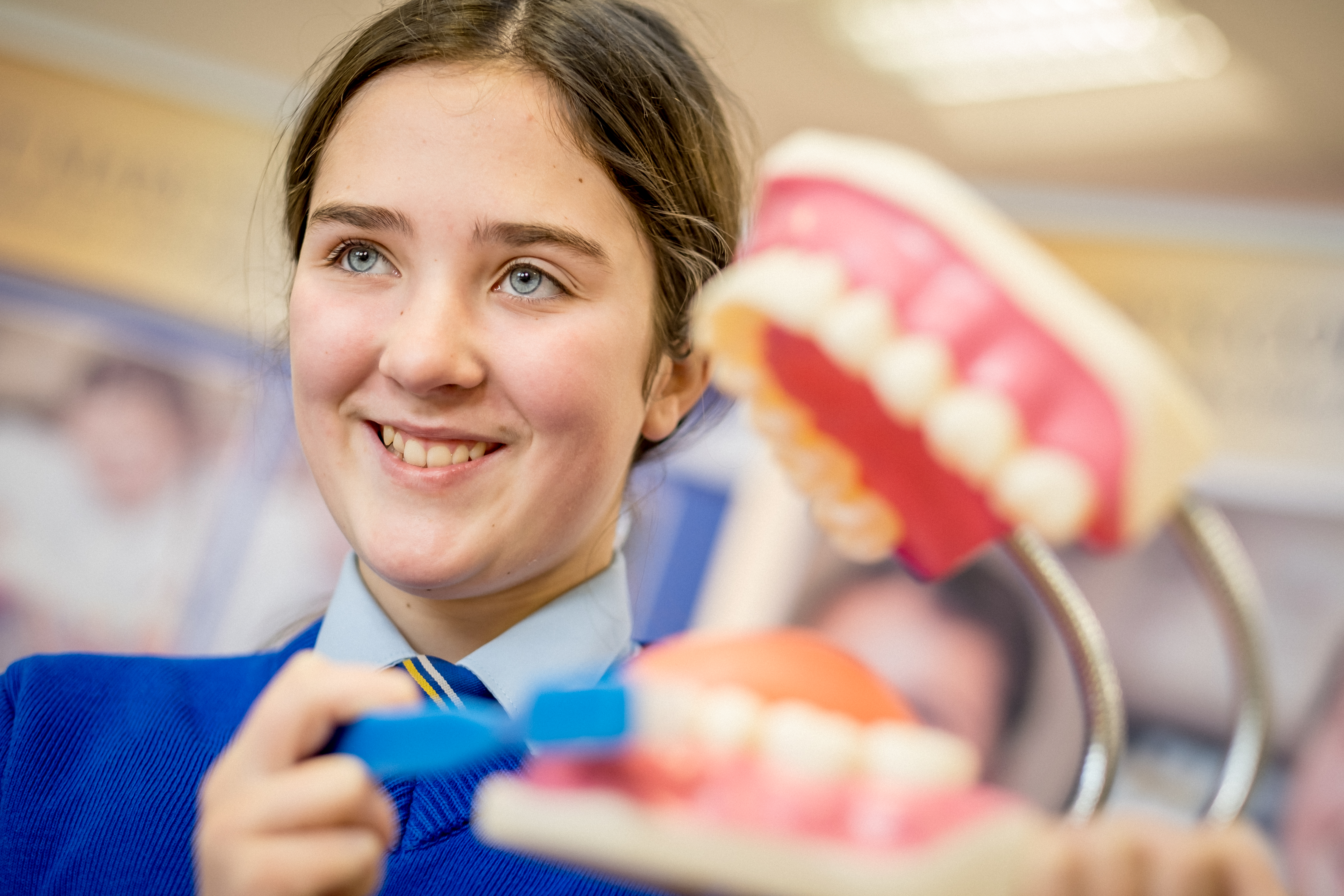 girl with dental model